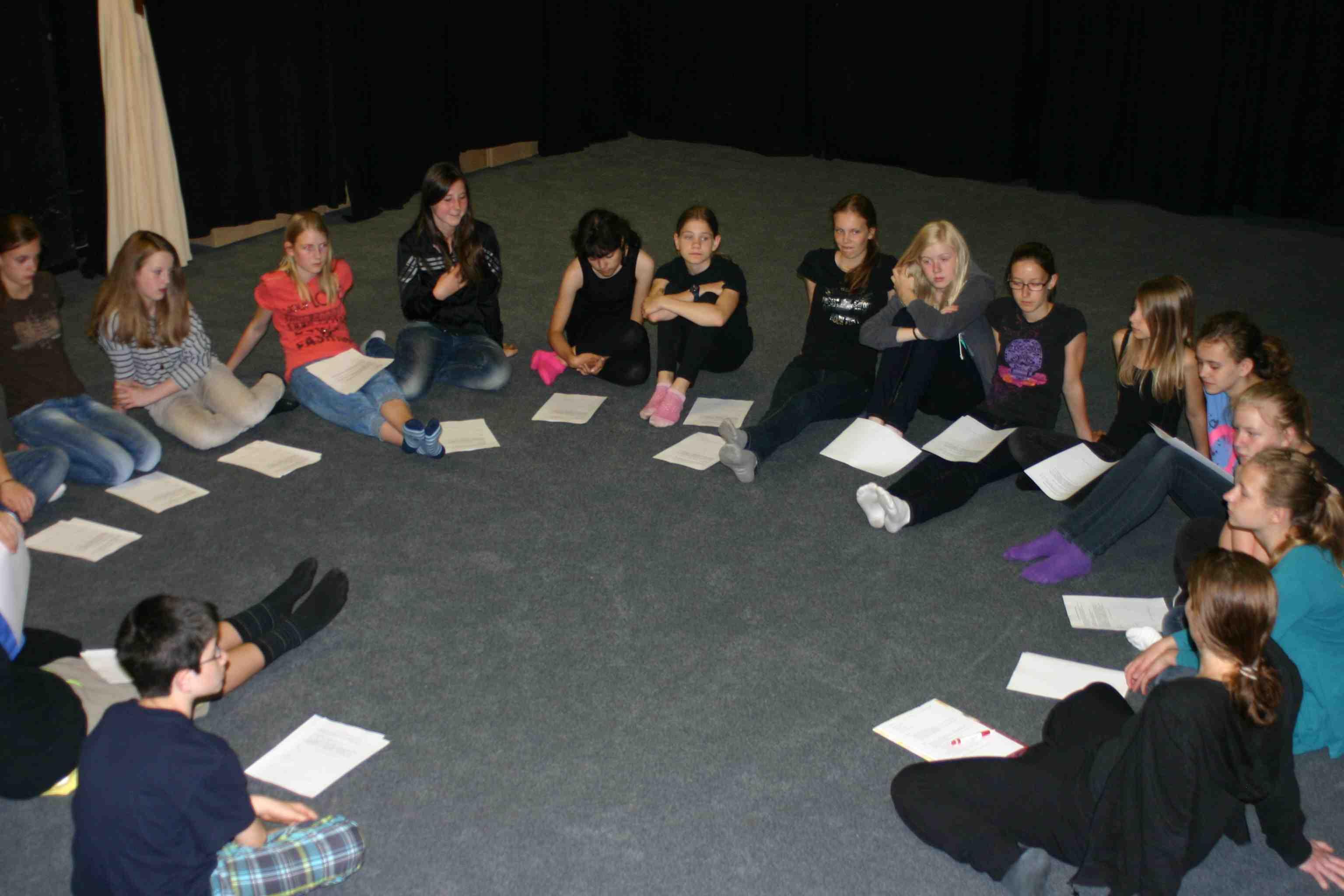 Schüler-reflektieren-fachkompetent-Aufführungen