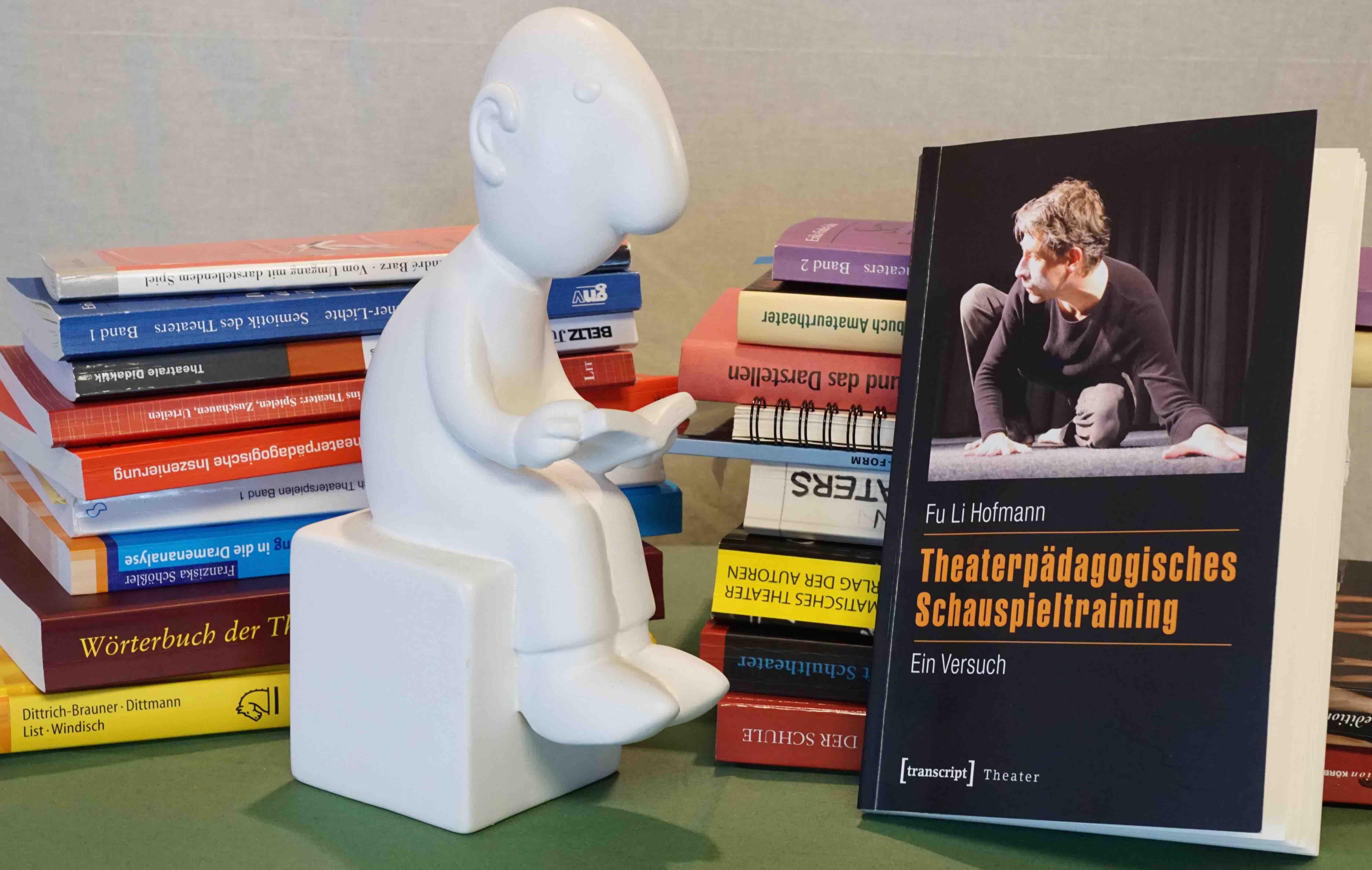 Hofmann 2015: Theaterpädagogisches Schauspieltraining – Rezension