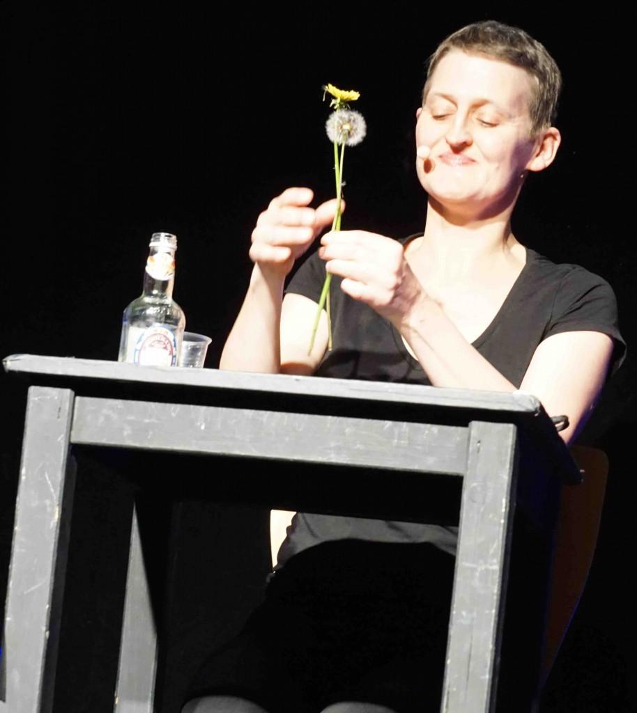 Susannas Pusteblume hält professoralen Vortrag