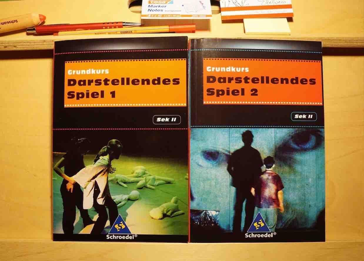 Mangold, Christiane (Hg)(2006/ 2007): Grundkurs Darstellendes Spiel 1 und 2
