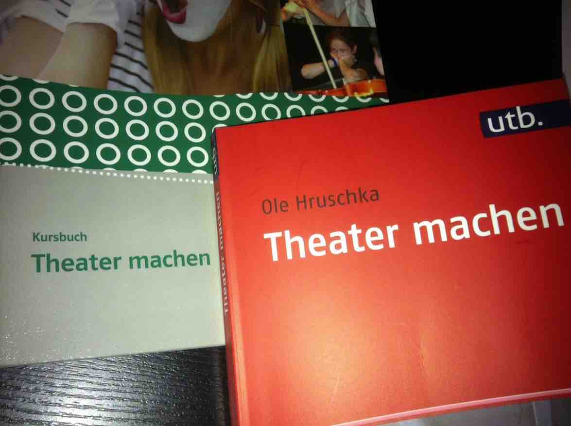 Hruschka 2016: Theater machen – Rezension